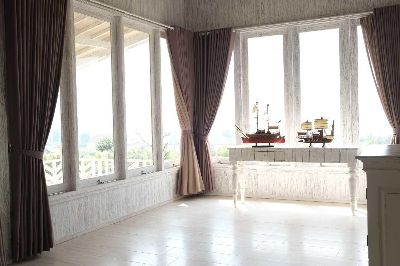 Iugo Design Villa At Lembang Bandung Bandung Window Klasik 10370