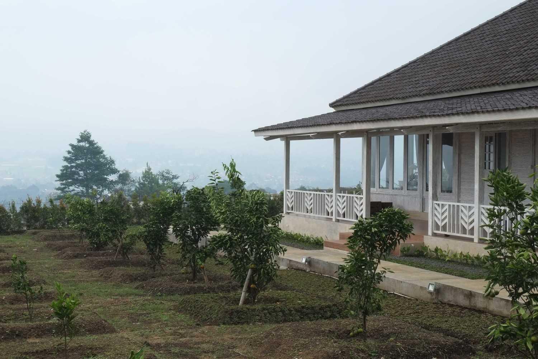 Iugo Design Villa At Lembang Bandung Bandung Dscf7642 Klasik 10379