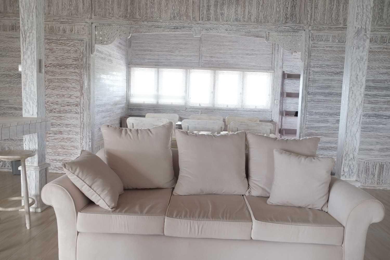 Iugo Design Villa At Lembang Bandung Bandung Livingroom Klasik 10384