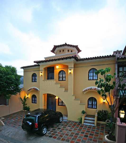 Foto inspirasi ide desain apartemen Medi-place-1 oleh Shonny Archaul di Arsitag
