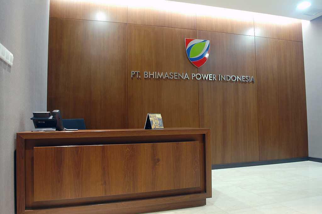 Devina Dona Bpi Office Jakarta Jakarta Receptionist Minimalis 16415