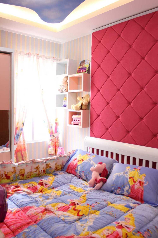 Fiano Cozy House Jakarta, Indonesia Jakarta, Indonesia Baby Room Modern 29021