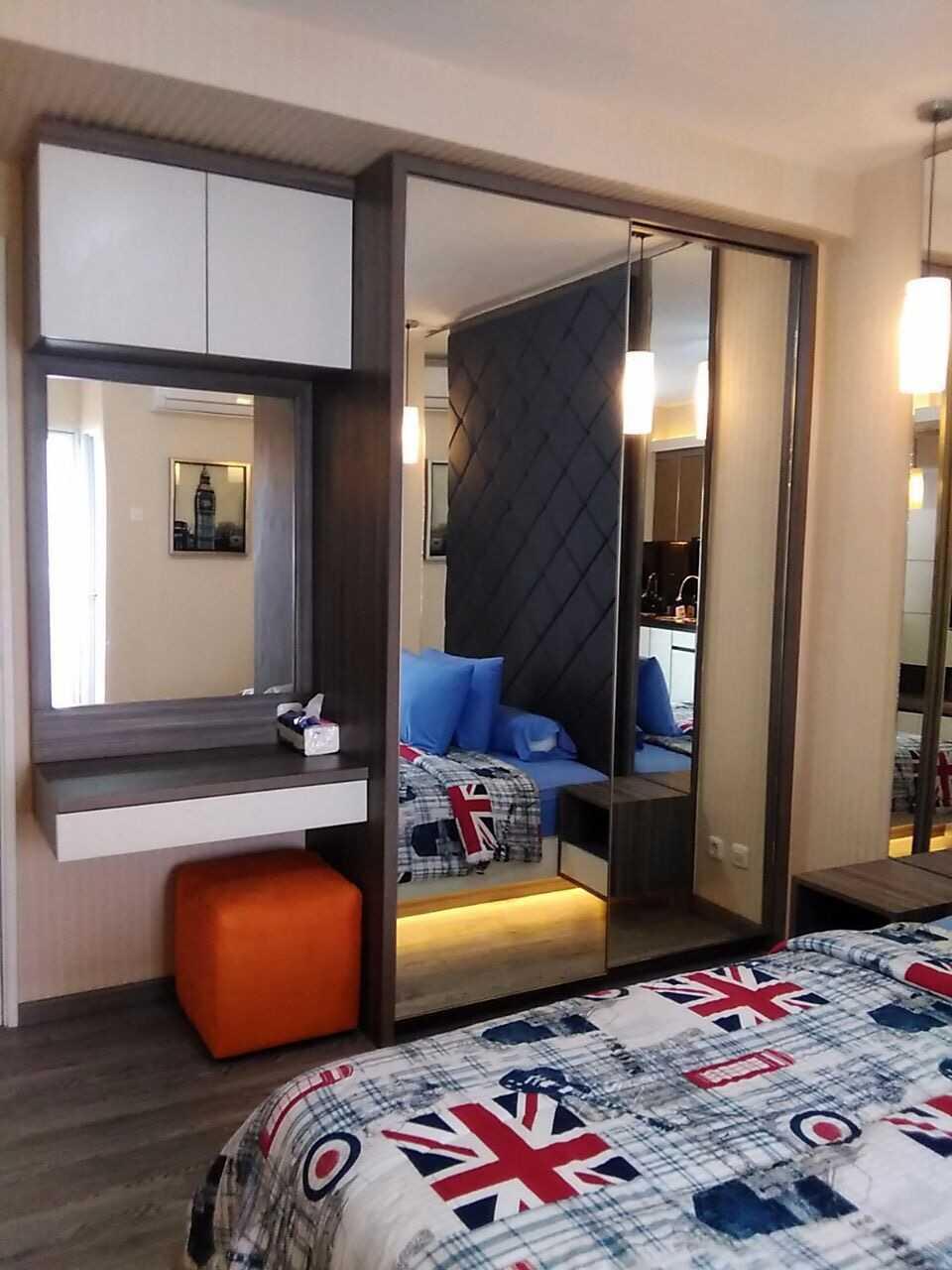 Fiano Modern Apartment Jakarta, Indonesia Jakarta, Indonesia Product-Compact-Wardrobe  31408