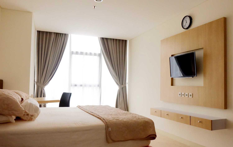 Fiano Modern Apartment Jakarta, Indonesia Jakarta, Indonesia Portofolio-Bedroom  31411