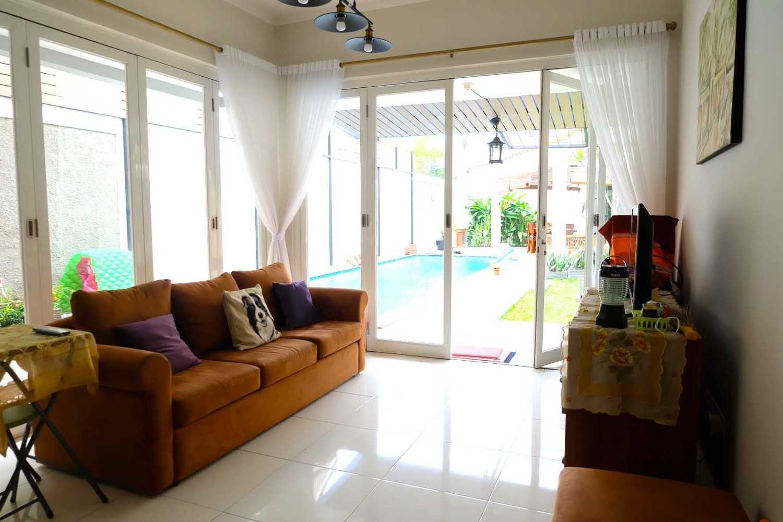 Fiano Rumah Emerald View Bintaro, Pesanggrahan, Kota Jakarta Selatan, Daerah Khusus Ibukota Jakarta, Indonesia  Living Room Traditional,contemporary,tropical 37711