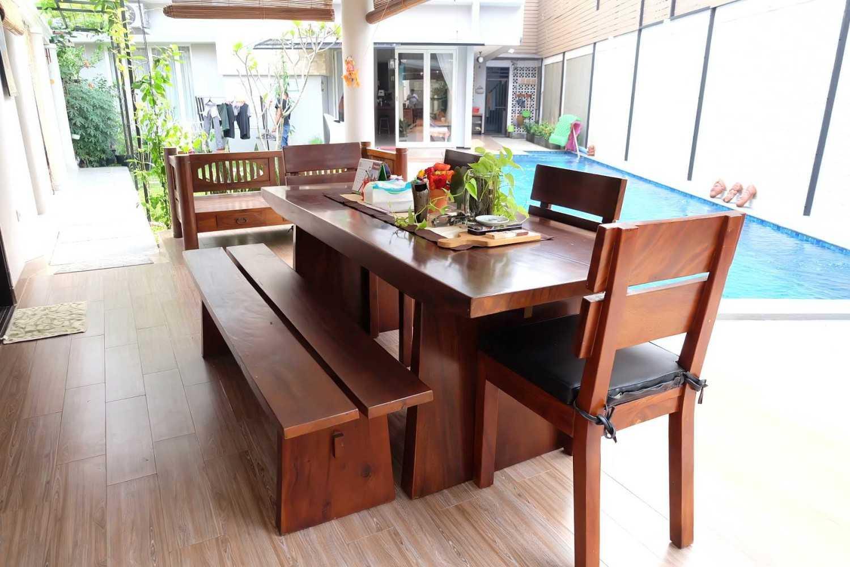 Fiano Rumah Emerald View Bintaro, Pesanggrahan, Kota Jakarta Selatan, Daerah Khusus Ibukota Jakarta, Indonesia  Meja Makan Solid Traditional,contemporary,tropical 37714