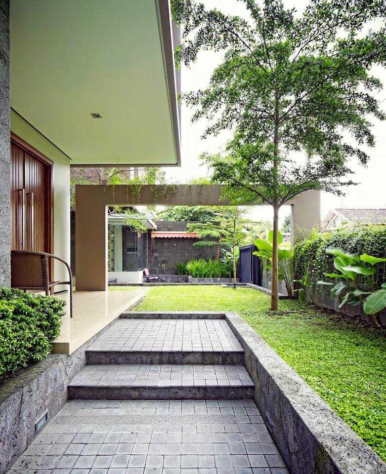 Hbarsitekplus Sagan House Yogyakarta, Indonesia Yogyakarta, Indonesia Terrace  10774