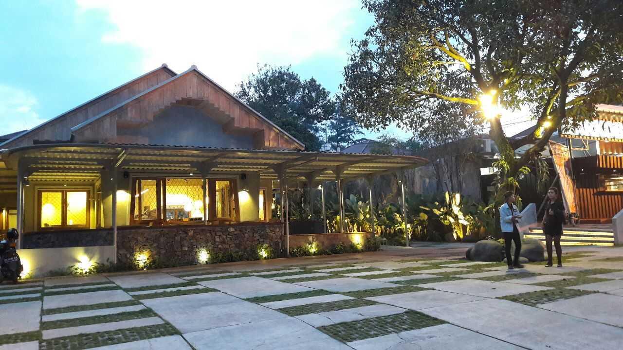 Rdma Food Village Jl.sukajadi, Bandung Jl.sukajadi, Bandung Front View  19083
