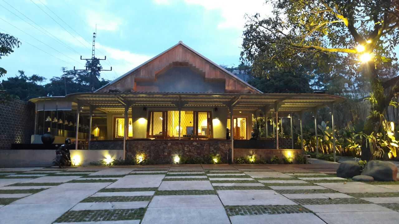 Rdma Food Village Jl.sukajadi, Bandung Jl.sukajadi, Bandung Front View  19085