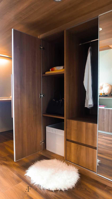 Flux Interior Loft-Style Studio Apartment At Madison Park Residences, West Jakarta Jakarta Barat, Kb. Jeruk, Kota Jakarta Barat, Daerah Khusus Ibukota Jakarta, Indonesia  View Drawer : Open Minimalis 51846
