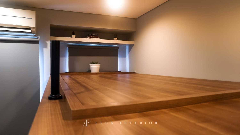 Flux Interior Loft-Style Studio Apartment At Madison Park Residences, West Jakarta Jakarta Barat, Kb. Jeruk, Kota Jakarta Barat, Daerah Khusus Ibukota Jakarta, Indonesia  View Bed Area Minimalis 51847