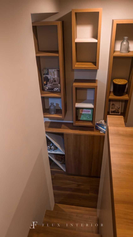 Flux Interior Loft-Style Studio Apartment At Madison Park Residences, West Jakarta Jakarta Barat, Kb. Jeruk, Kota Jakarta Barat, Daerah Khusus Ibukota Jakarta, Indonesia  View From Bed Area To Tv Credenza Minimalis 51848