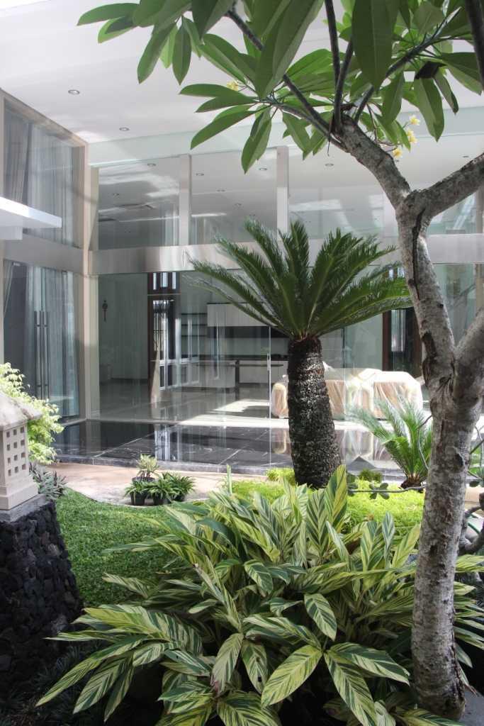 Paulus Adi Budianto Rumah Tinggal Semarang Semarang Garden  10960
