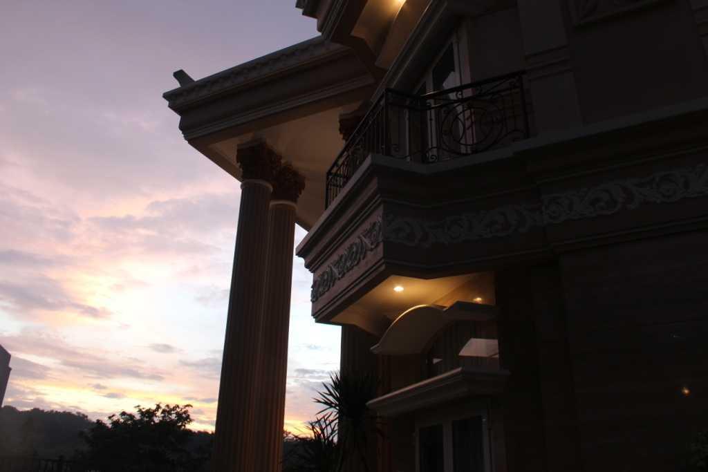 Paulus Adi Budianto Rumah Tinggal Semarang Semarang Exterior Detail Klasik,minimalis 18875