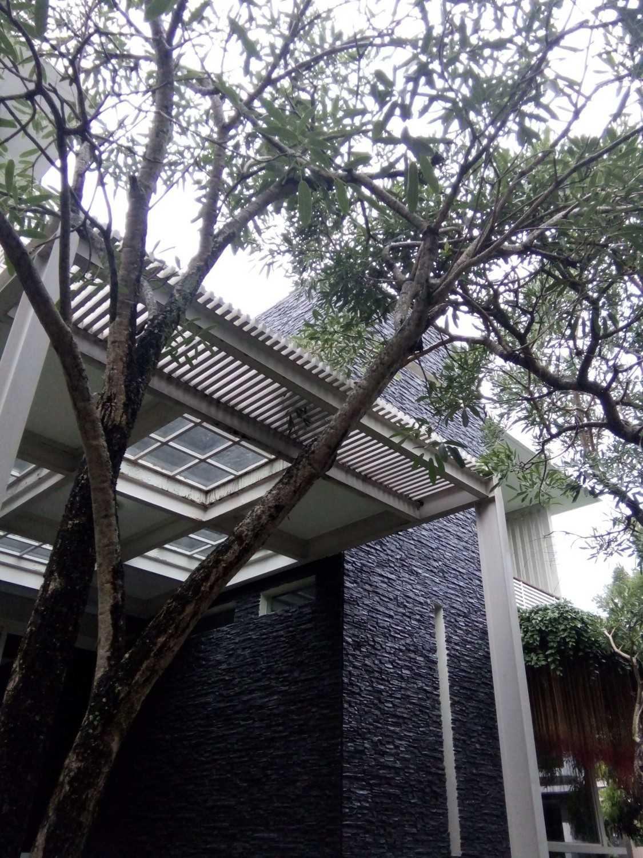 Aditya Wijaya / Studio Indirakasa 11 House Yogyakarta Yogyakarta Exterior Detail Kontemporer 17381