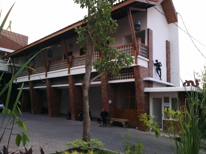 Aditya Wijaya / Studio Indirakasa Opique House Bantul ,yogyakarta Bantul ,yogyakarta Exterior  24987
