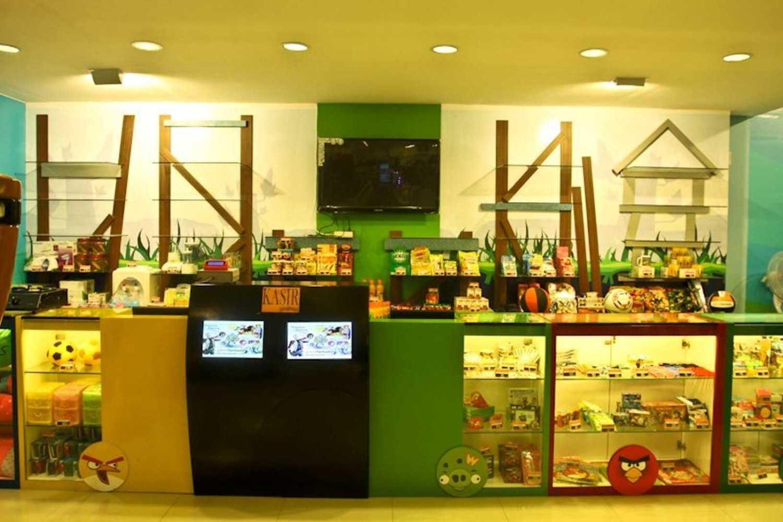 Ereck Bramoro Fantasia Game Centre Malang, Malang City, East Java, Indonesia Pati Fantasia Pati  11626
