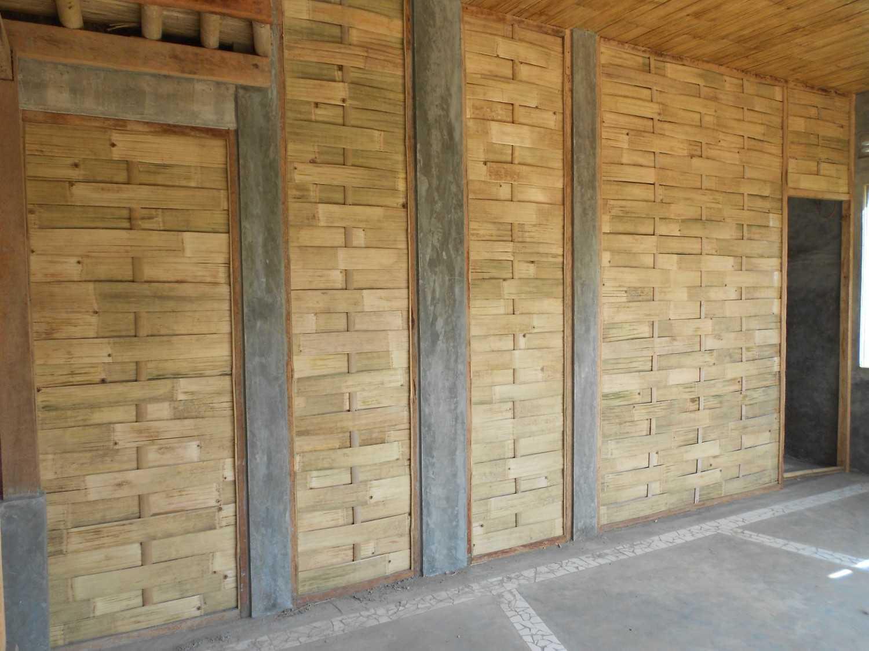 Mojo - Sketsarumah.com Rumah Toko Kroya Kroya Exterior Detail Tradisional 11835