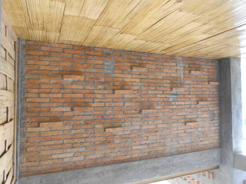 Mojo - Sketsarumah.com Rumah Toko Kroya Kroya Brick Wall Tradisional 11836