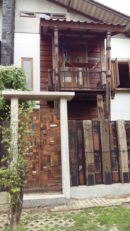 Ashari Architects Puri Media House Kembangan, West Jakarta City, Jakarta, Indonesia Indonesia Front-Area Tropis 11937
