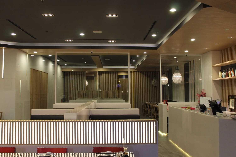 Rully Tanuwidjaja Interior Din Tai Fung Restaurant (Pim 2) Pd. Indah Mall 2, Jl. Metro Pondok Indah, Pd. Pinang, Kby. Lama, Kota Jakarta Selatan, Daerah Khusus Ibukota Jakarta 12310, Indonesia  Counter Area  48118
