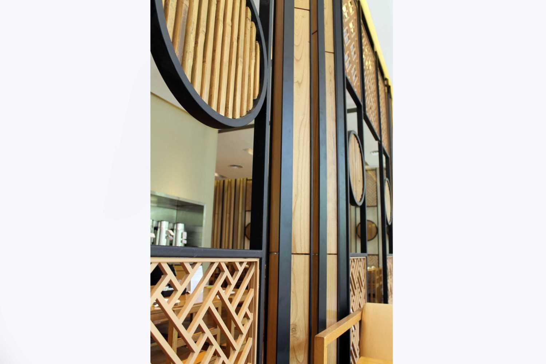 Rully Tanuwidjaja Interior Din Tai Fung Restaurant (Senayan) Plaza Arcadia Senayan, Jl. New Dhelhi, Gelora, Tanahabang, Central Jakarta City, Jakarta 10270, Indonesia  Detail-Divider-1 Kontemporer 48544