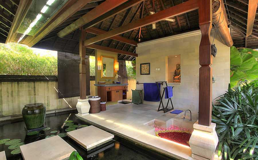 Agung Budi Raharsa | Architecture & Engineering Villa Indah Manis - Bali Bali, Indonesia Pecatu, Bali Bulan-Madu-Bathroom-1  12433
