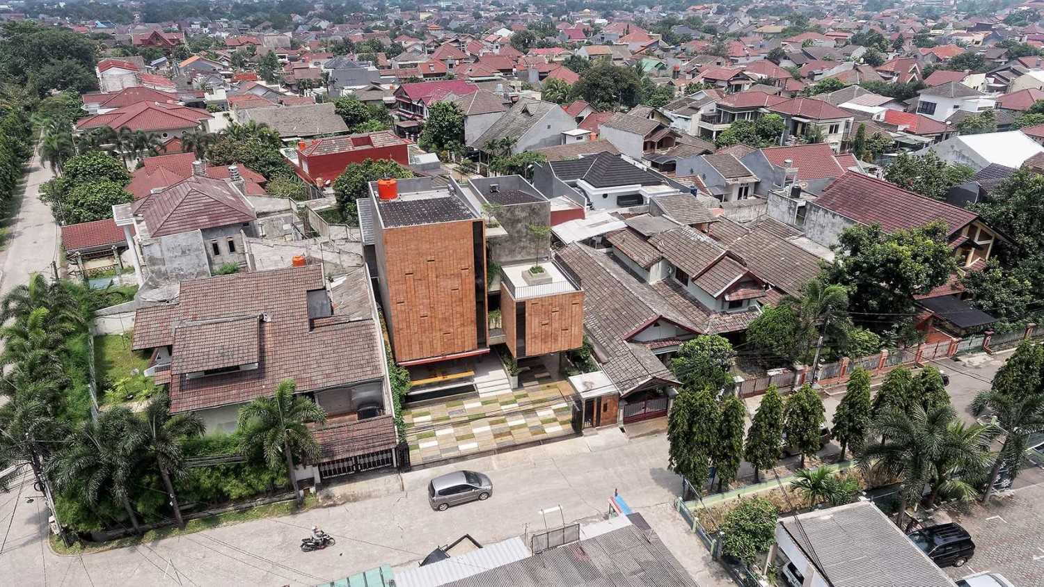 Delution The Equalizer Jatiwaringin, Pondokgede, Bekasi City, West Java, Indonesia Jatiwaringin, Pondokgede, Bekasi City, West Java, Indonesia Bird Eye View Contemporary,industrial,modern,kontemporer 36759