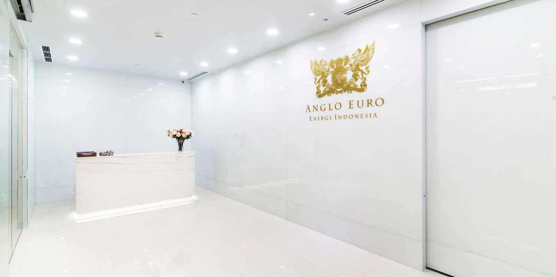 Foto inspirasi ide desain lobby minimalis Lobby office oleh DELUTION di Arsitag
