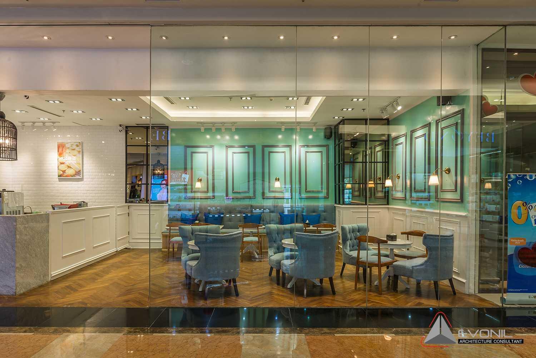 Foto inspirasi ide desain exterior asian Front view oleh Evonil Architecture di Arsitag