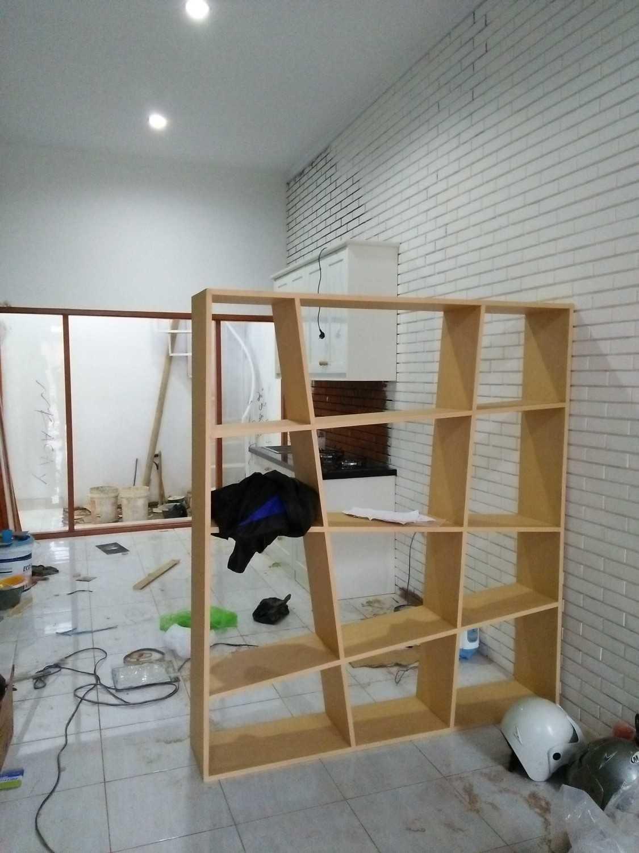 Ectic Interior Design & Build Project House Ciganitri (Living Room & Dinning Room Bandung, Indonesia Jl. Ciganitri Mukti, Cipagalo, Bojongsoang, Bandung, Jawa Barat 40287, Indonesia Img20170202174611  30150