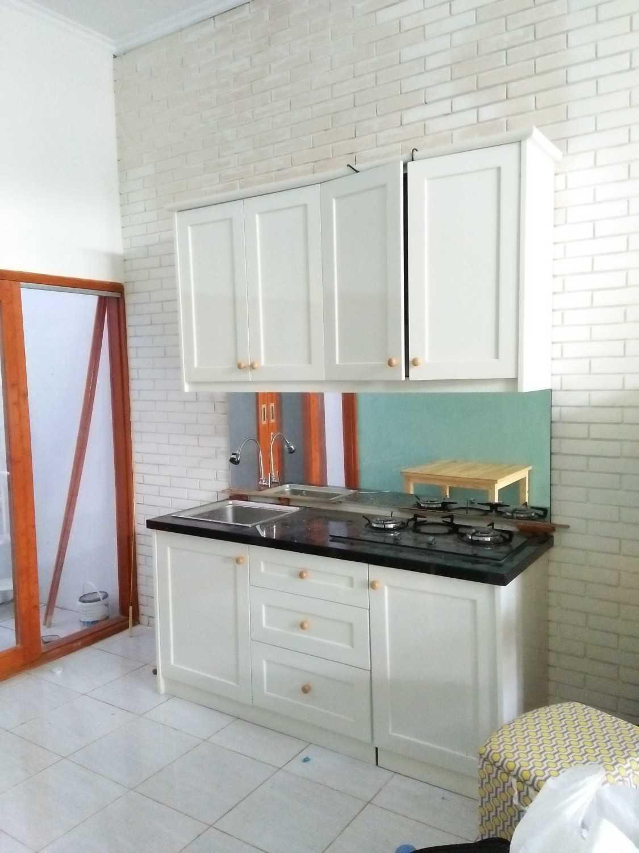 Ectic Interior Design & Build Project House Ciganitri (Living Room & Dinning Room Bandung, Indonesia Jl. Ciganitri Mukti, Cipagalo, Bojongsoang, Bandung, Jawa Barat 40287, Indonesia Img20170329123617  30155