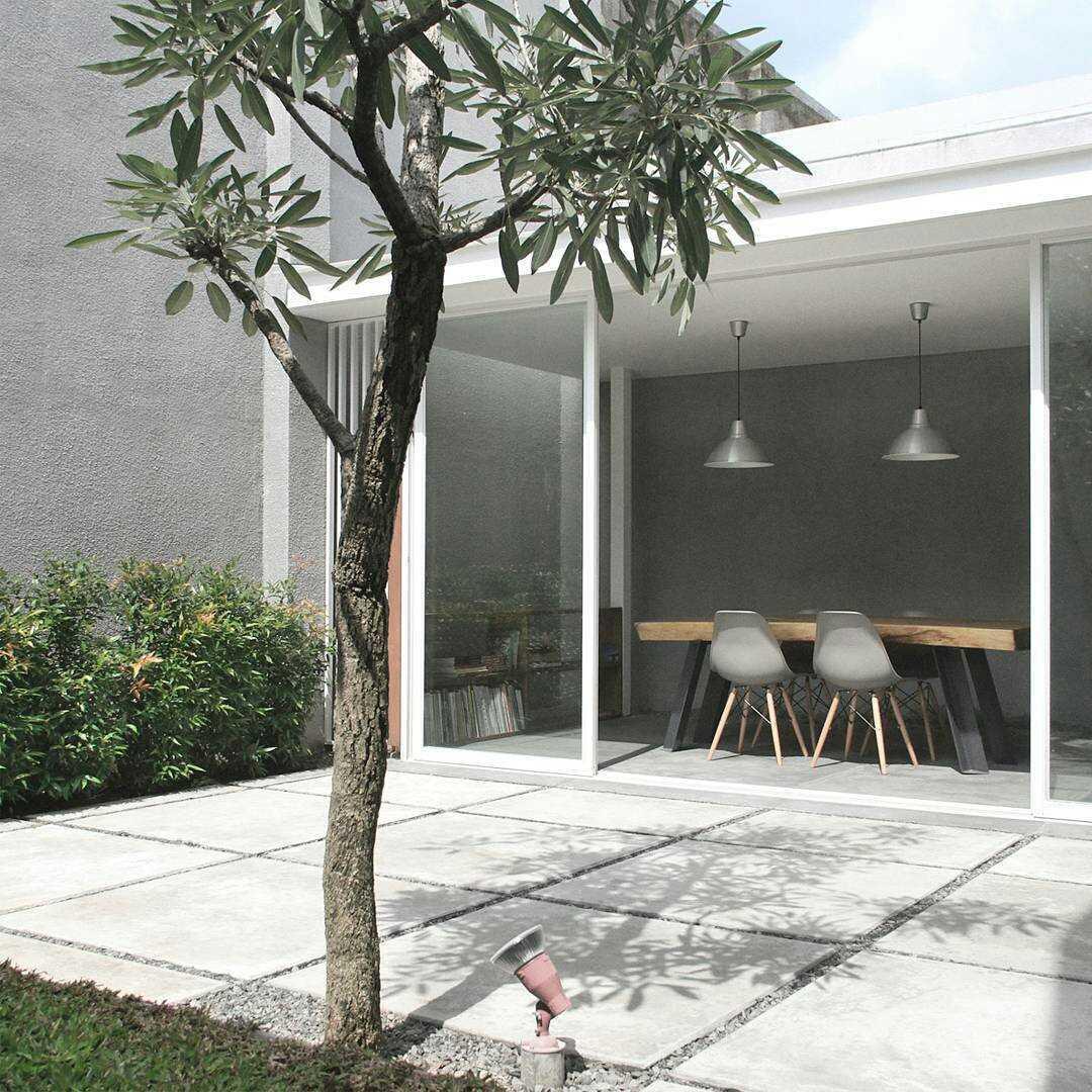 Foto inspirasi ide desain taman skandinavia Yard oleh arkitekt.id di Arsitag