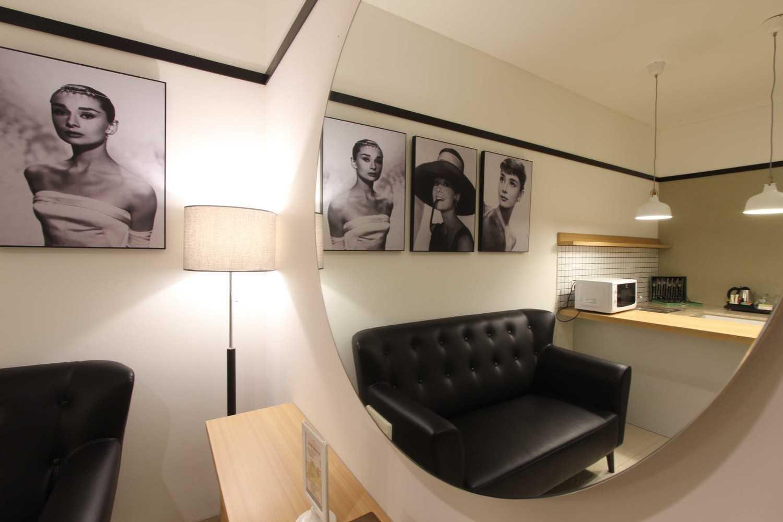 Arkitekt.id Executive Suite Room No 2 Clove Garden Hotel, Bandung Clove Garden Hotel, Bandung The Details Kontemporer 29459