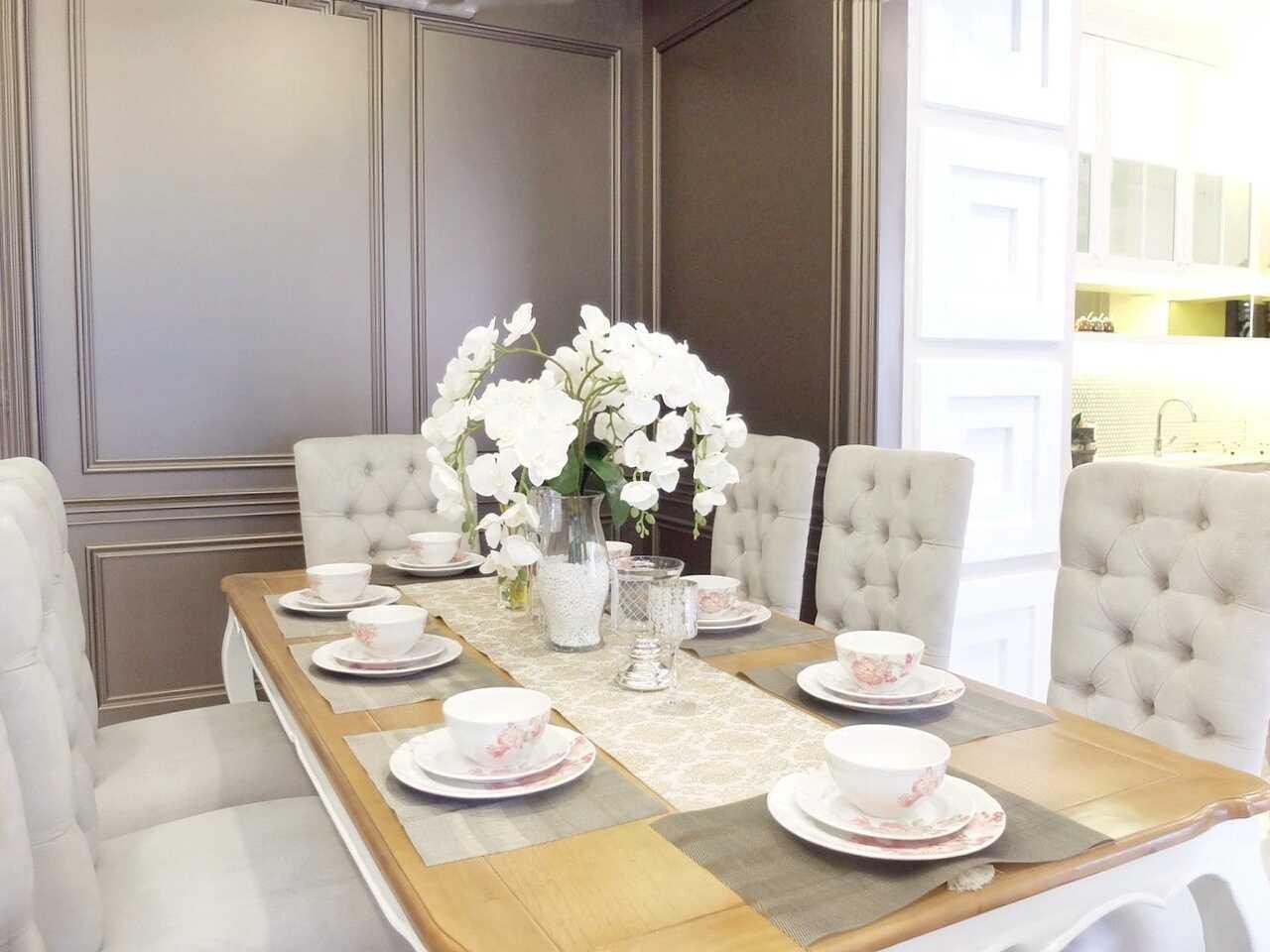 7Design Architect Mrs. D House Citrasun, Yogjakarta Citrasun, Yogjakarta Diningroom Klasik 18700