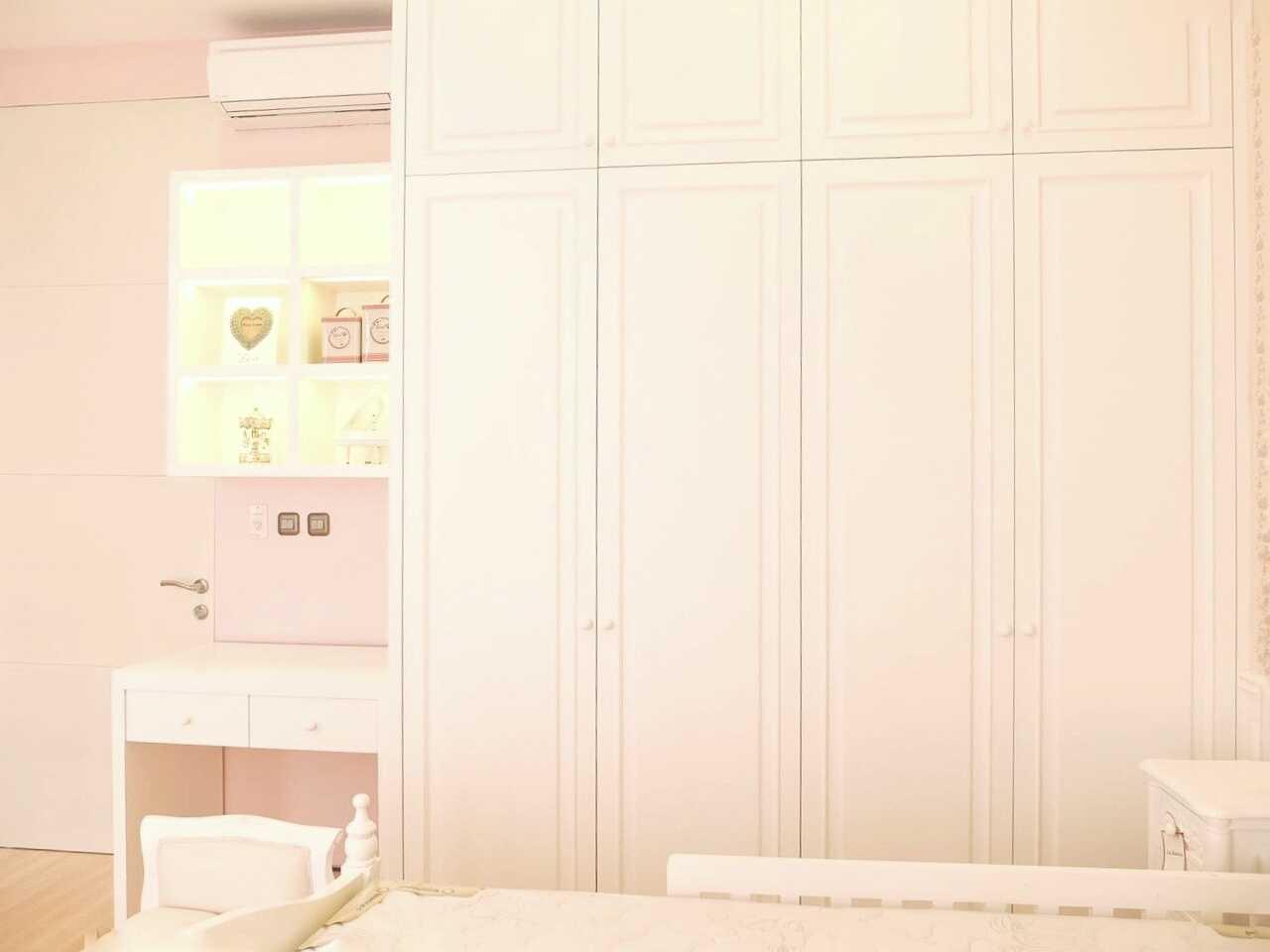 7Design Architect Mrs. D House Citrasun, Yogjakarta Citrasun, Yogjakarta Bedroom Area Klasik 18705