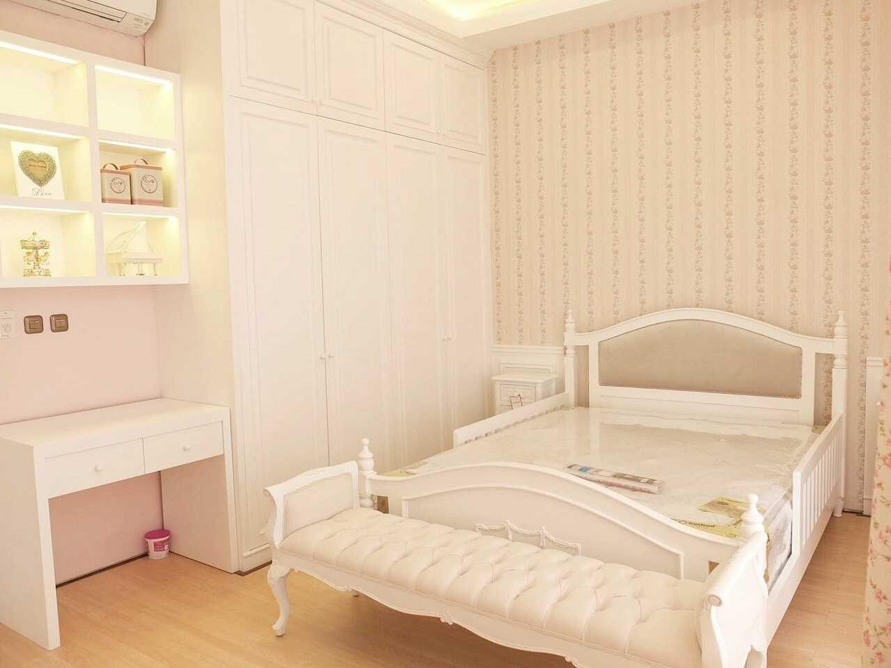 7Design Architect Mrs. D House Citrasun, Yogjakarta Citrasun, Yogjakarta Bedroom Area Klasik 18709