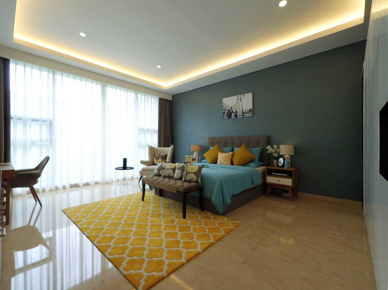 Foto inspirasi ide desain rumah skandinavia Bedroom area oleh Dezan Studio di Arsitag