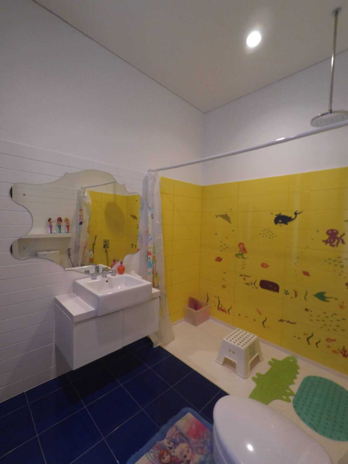 Dezan Studio Interior - Kids Room Pondok Indah Pondok Indah Kids Bathroom  19415