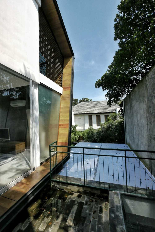 Parametr Indonesia Hybrid House Tangerang, Banten, Indonesia Tangerang, Banten, Indonesia Outdoor Area  18451