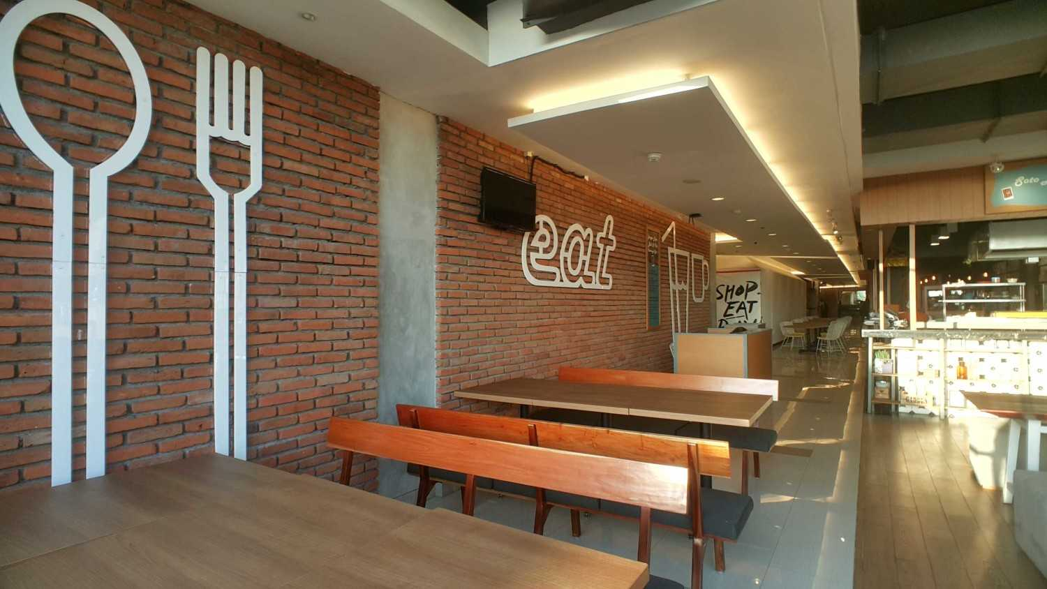 Parametr Indonesia The Park Mall Waterpark Bali Tuban, Bali Tuban, Bali Indoor Eating Area  19036