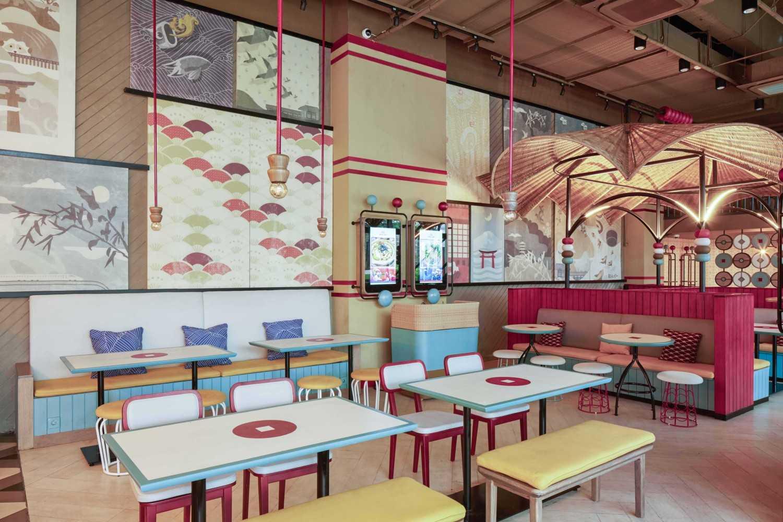 Alvin Tjitrowirjo, Alvint Studio Gyoza Bar  Tribeca - Central Park Shopping Mall  Tribeca - Central Park Shopping Mall  Dining Area Modern 15597