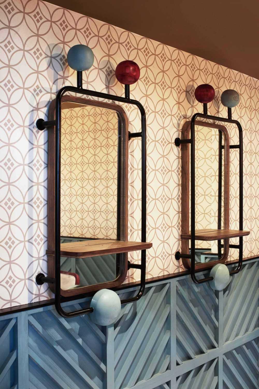 Alvin Tjitrowirjo, Alvint Studio Gyoza Bar  Tribeca - Central Park Shopping Mall  Tribeca - Central Park Shopping Mall  Interior Detail Modern 15602