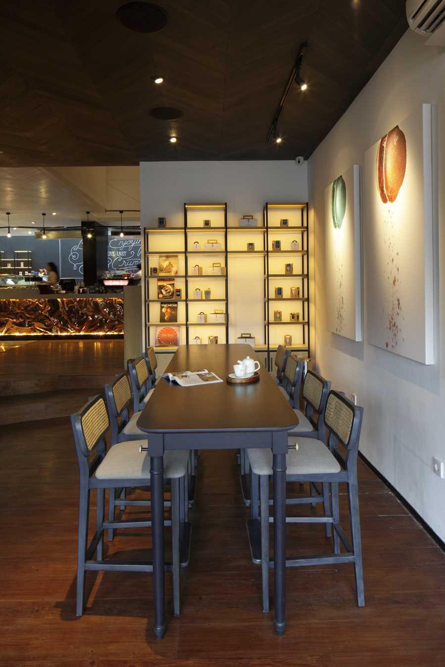 Alvin Tjitrowirjo, Alvint Studio Le Gourmand Cafe  Gunawarman Jakarta  Gunawarman Jakarta  Seating Area Interior View Industrial 15669