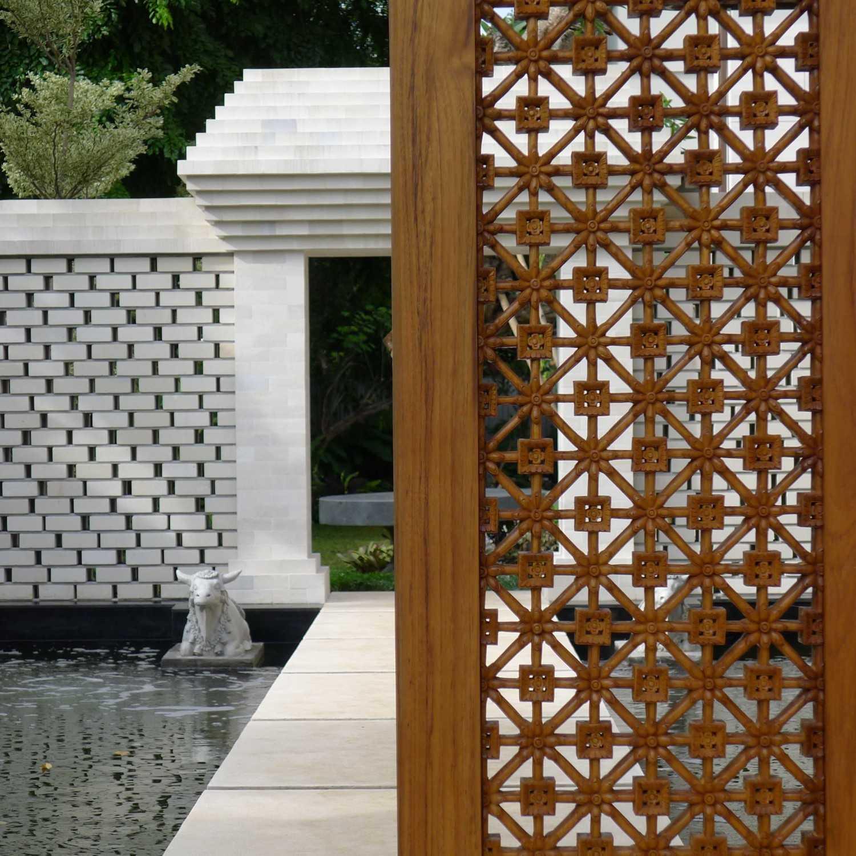 Han Awal & Partners Rumah Tinggal Brawijaya  Jakarta Jakarta Exterior Details  16126
