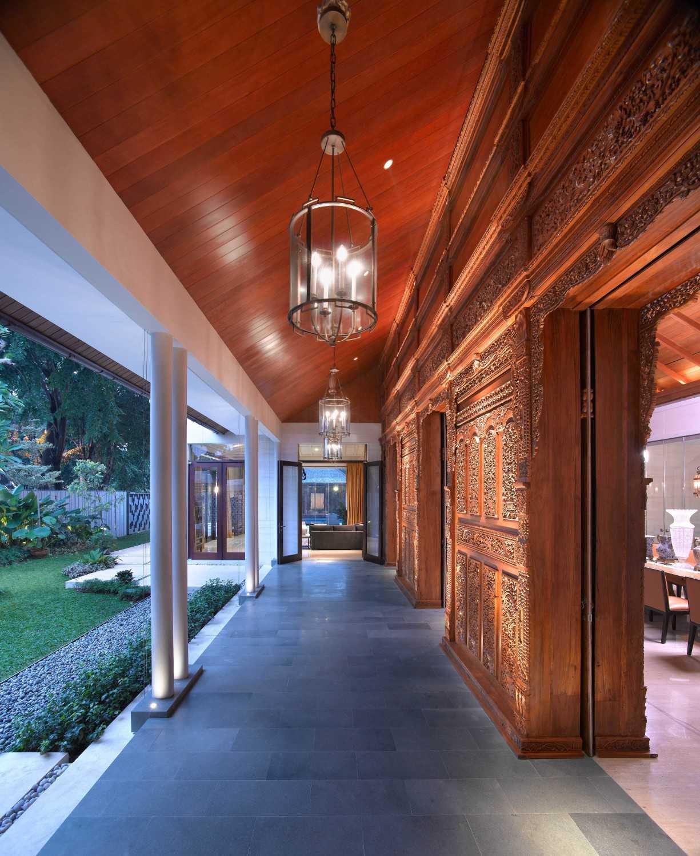 Han Awal & Partners Rumah Tinggal Brawijaya  Jakarta Jakarta Outdoor Ceiling  16128