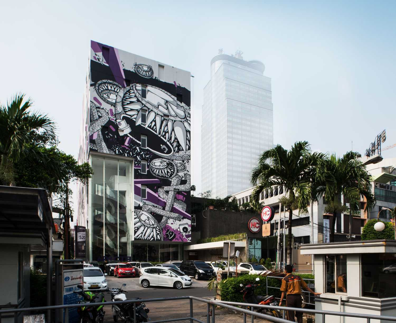 Foto inspirasi ide desain exterior Front view oleh Aboday Architect di Arsitag