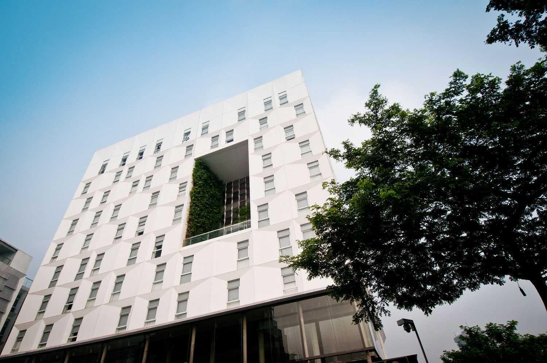 Foto inspirasi ide desain exterior Facade view oleh Aboday Architect di Arsitag