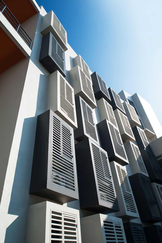 Foto inspirasi ide desain apartemen Eksterior-view oleh Aboday Architect di Arsitag