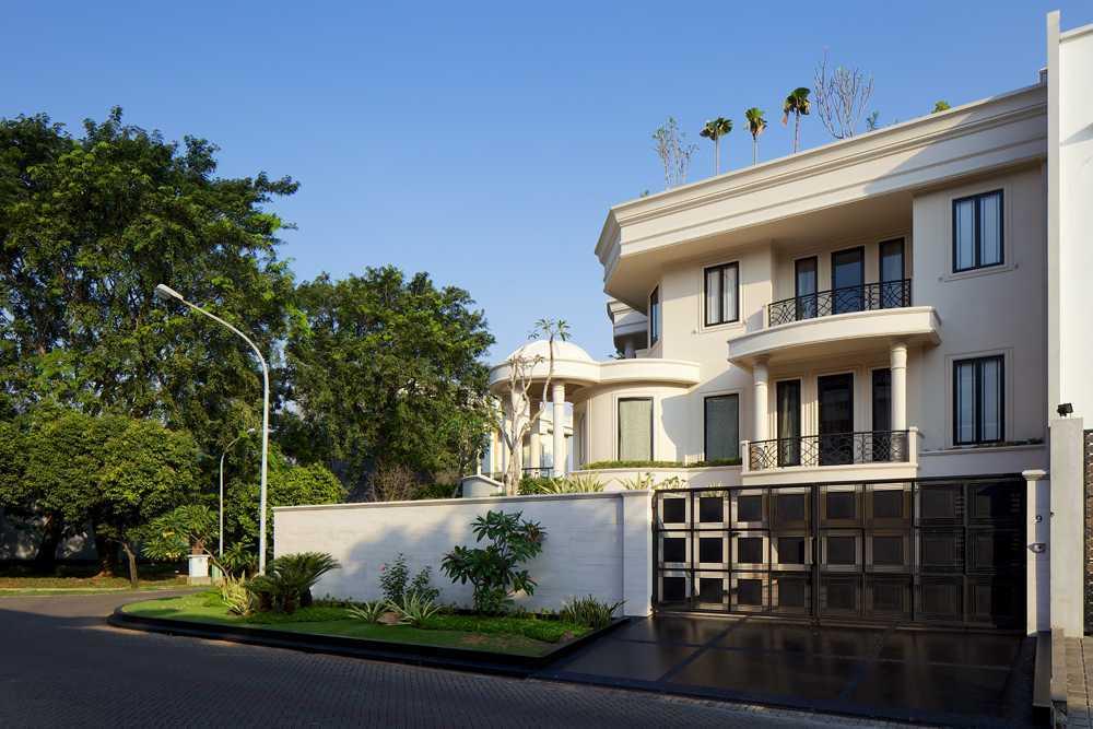 Vin•da•te Mayang Permai Residence Pantai Indah Kapuk - North Jakarta Pantai Indah Kapuk - North Jakarta Front View Kontemporer 15721